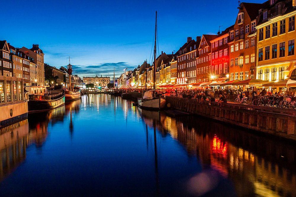 תשתקו וקחו את הכסף שלנו. רובע הנמל המחודש, קופנהאגן (צילום: שאטרסטוק)